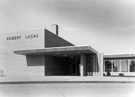 61 Lucas p006rrx